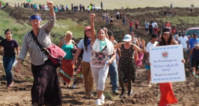 Dakota del Norte contra Amy Goodman: El periodismo no es un delito