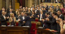 """La CUP avisa a Puigdemont de que le da su confianza pero no """"carta blanca"""""""