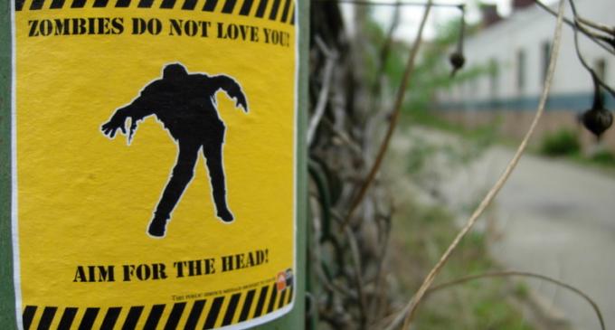 Pensamiento y militancia zombi