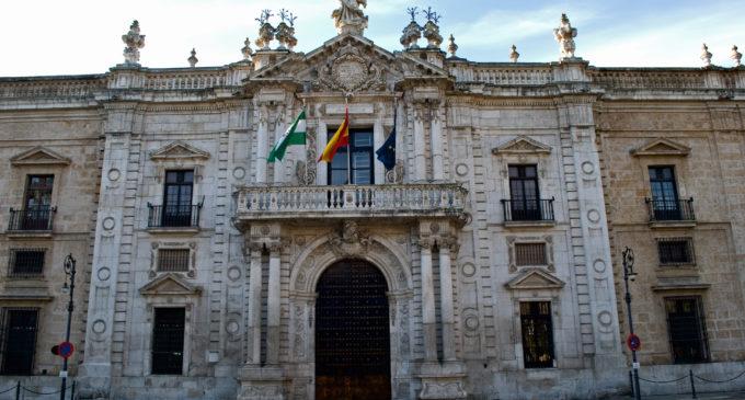 Condenado a seis años y nueve meses de cárcel un catedrático por abusos sexuales