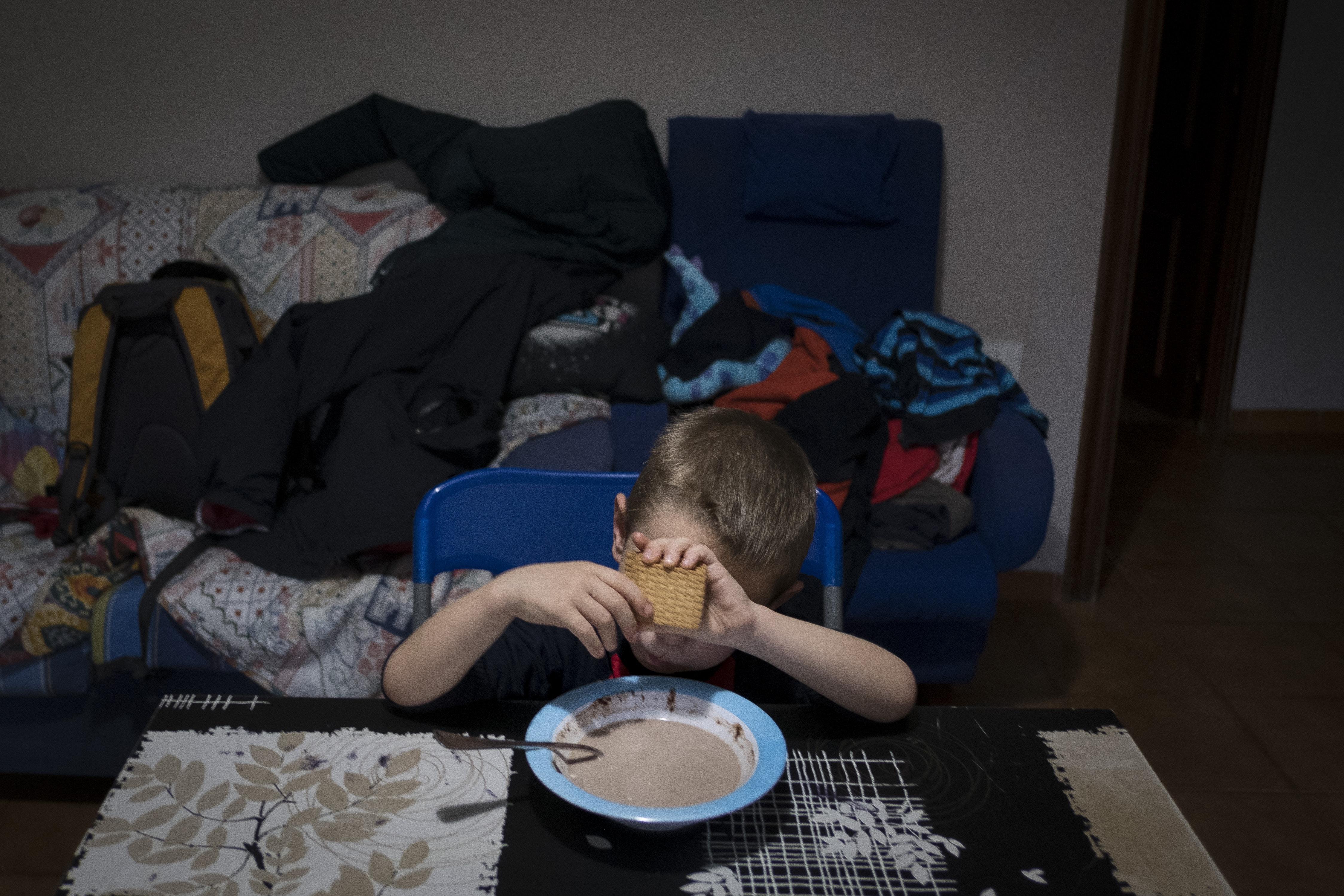 Pobreza en un hogar de Valencia. I LA MAREA