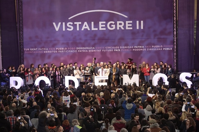 Pablo Iglesias, junto a los miembros del Consejo Ciudadano elegido en Vistalegre II. Foto: PODEMOS