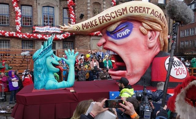 Trump carnaval Düsseldorf