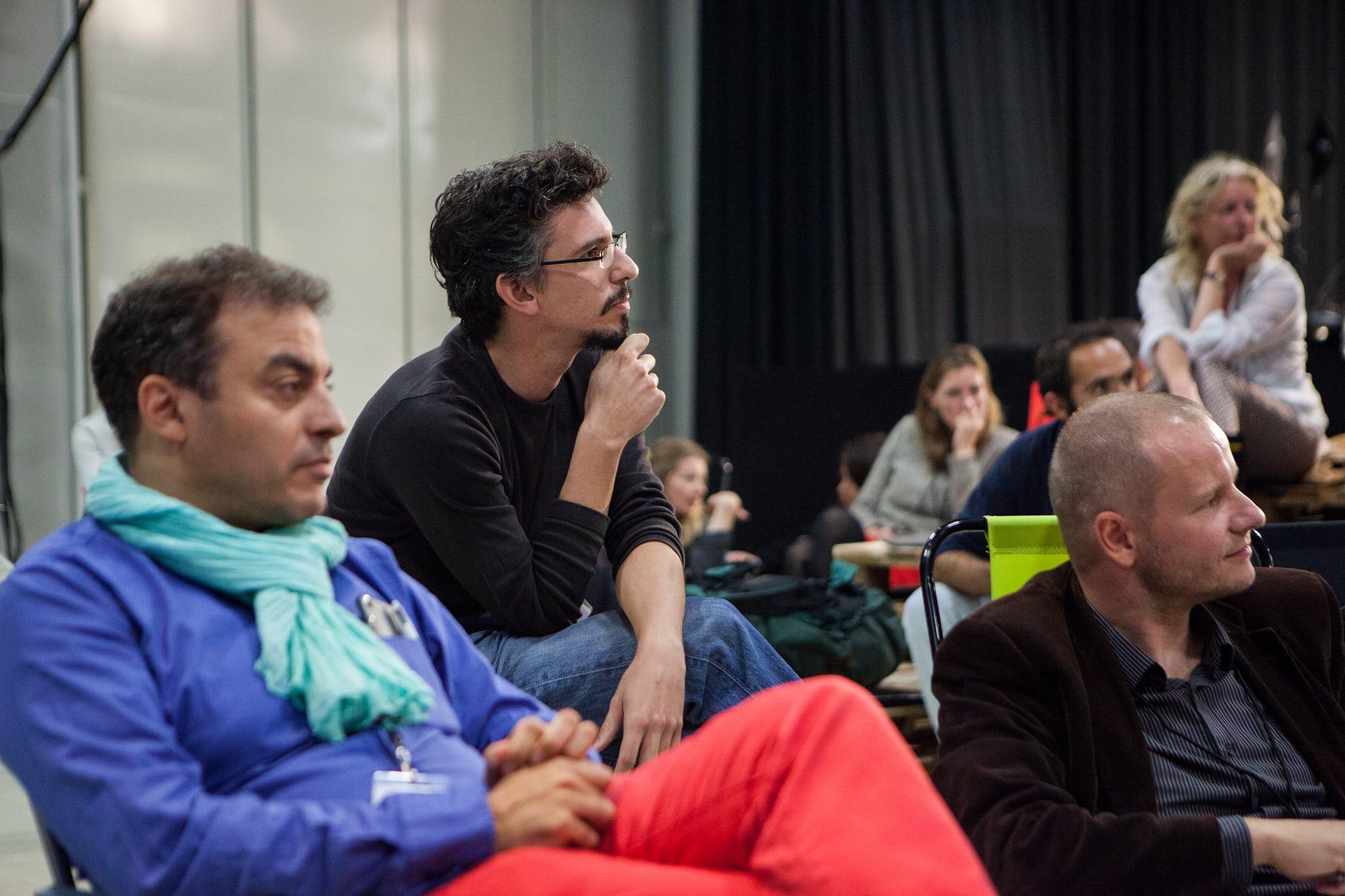 Reunión de trabajo durante la última edición de Idea Camp en Botkyrka. FOTO: JULIO ALBARRÁN.