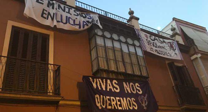 Casa Revolucioná. Calle Sin Luis, 12. Sevilla. Aquí vive el feminismo