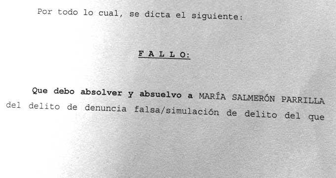 La sentencia que absuelve a María Salmerón de denuncia falsa.