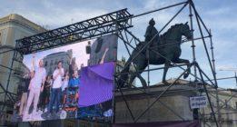 Miles de personas se concentran en Madrid para apoyar la moción de censura de Unidos Podemos