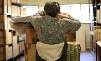 La Biblioteca de Mujeres de Madrid: libros apilados en un sótano buscan cuarto propio