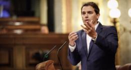 Albert Rivera ejerce de portavoz de Rajoy ante Pablo Iglesias