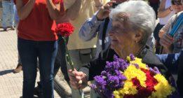 Ascensión Mendieta entierra a su padre, Timoteo Mendieta