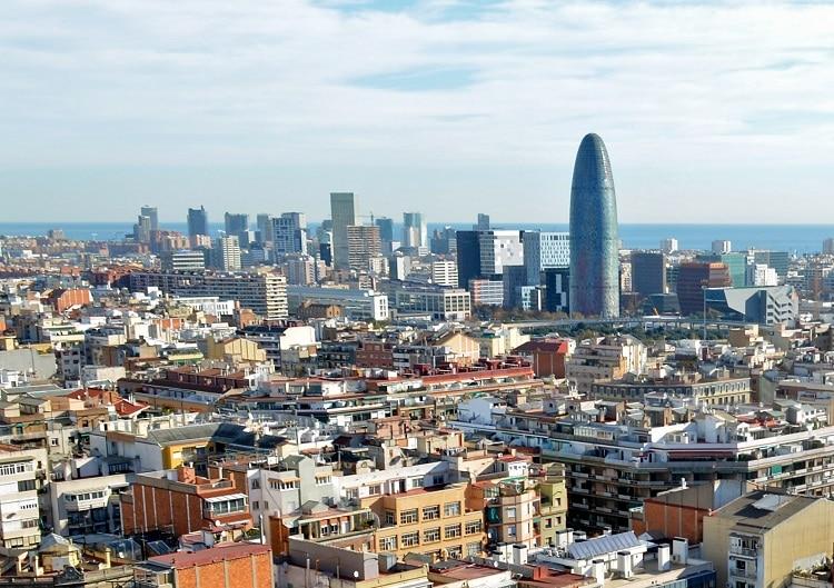 Vista de Barcelona desde la Sagrada Familia. Foto: Selbymay.