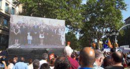Manifestación multitudinaria contra el terrorismo en Barcelona bajo el lema No tinc por