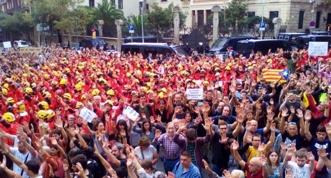 Seguimiento masivo del paro general en Cataluña