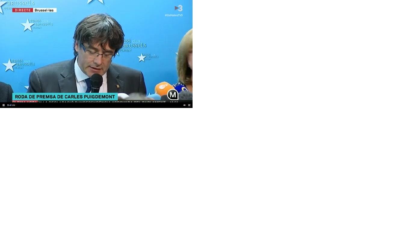 Imagen en TV3 de la comparecencia de Carles Puigdemont, ante la prensa, en Bruselas.