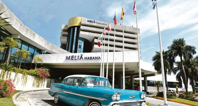 Franquismo y Hoteles Meliá: desarrollismo, sol y playa para Meliá