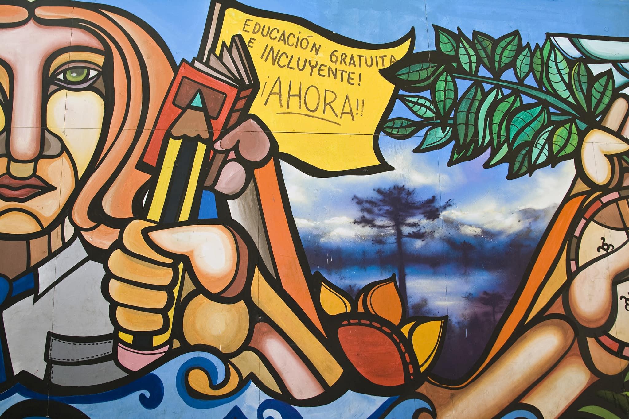 Mural en una calle de Santiago de Chile. Foto: Dimitry B.