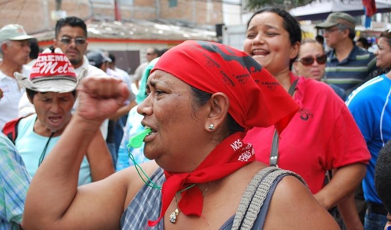 Manifestación en Tegucigalpa, Honduras. Foto: PBS (2009).