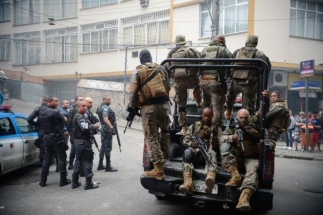Operación policial en las favelas de Cantagalo y Pavão-Pavãozinho en Copacabana, Río de Janeiro. Foto: Agência Brasil.