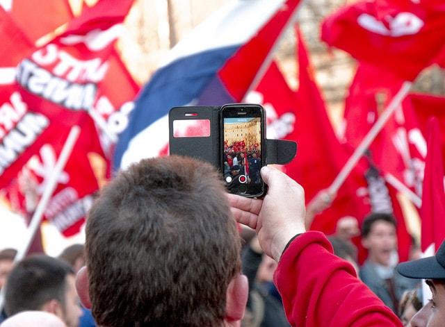 Concentración comunista. Foto: Marsel Minga.