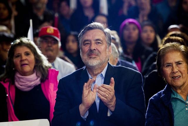 El candidato de centro-izquierda Alejandro Guillier en Puerto Mont, Chile. Foto: PRSD.