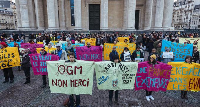 Desinversión y desconfianza en la cumbre del clima de Macron
