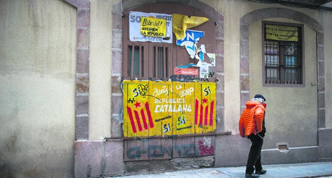 El 'Titanic' y las langostas: una historia sobre Cataluña y la autonomía de lo político