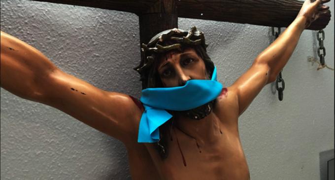 El Cristo de la corona de concertinas