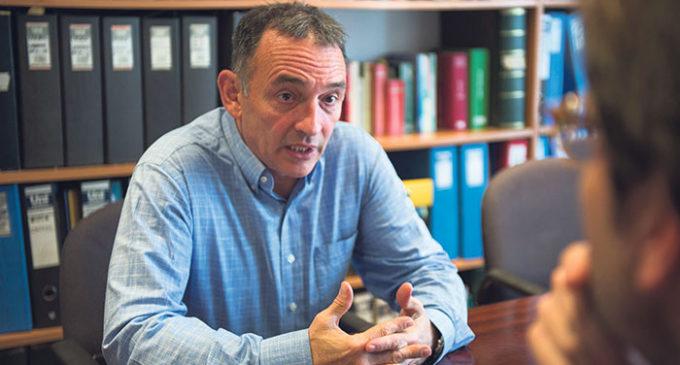 """Enrique Santiago: """"Las ideas del marxismo siguen vigentes"""""""