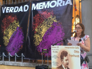 Ruth, durante la inauguración de la calle Otto Engelhardt. O. C.