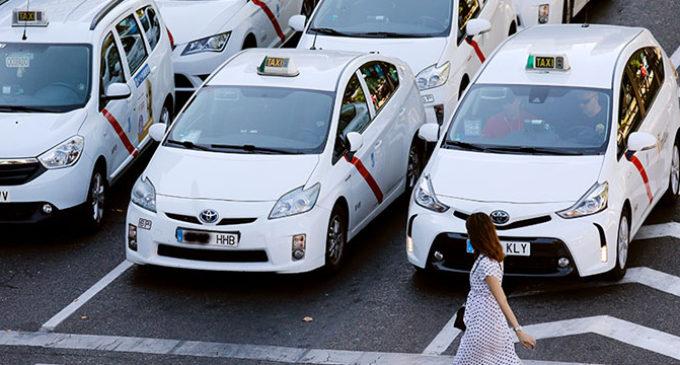 Poder elegir (ser explotados). Lectura amplia del conflicto del taxi