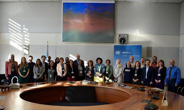 Una sesión del Diálogo de Talanoa, en Bonn durante la COP23. Foto: Presidencia de la COP23/Flickr. (Dominio Público)