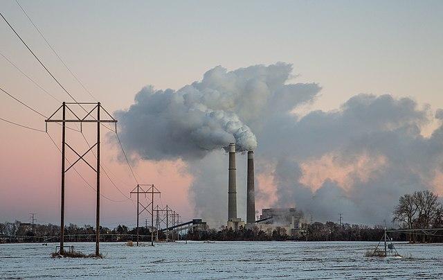 Planta de carbón cerca de Becker (Estados Unidos)- Foto: Tony Webster/Wikimedia. (CC BY SA 2.0)