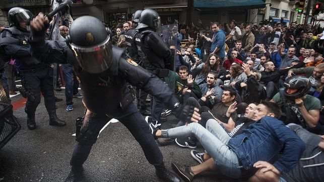 Cargas policiales en Barcelona