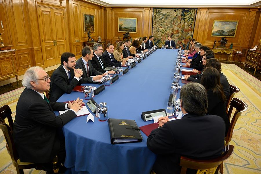 El Gobierno indulta a un exalcalde del PSOE que falsificó un informe para beneficiar a su madre